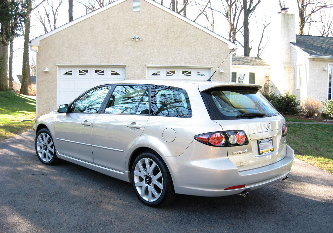 Mazda6 Wagon Rear Quarter